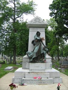 450px-Haymarket_Martyr's_Memorial